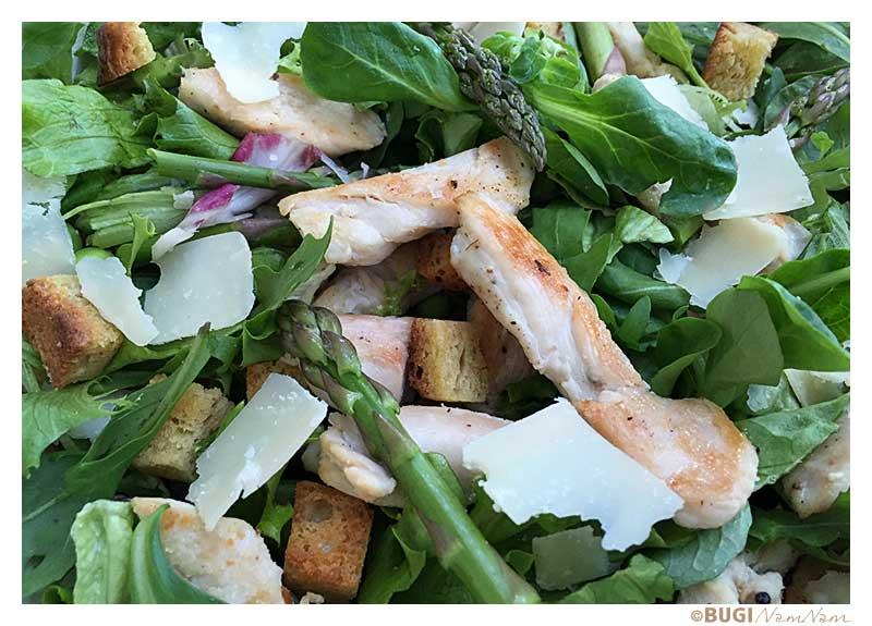 ceasar salad med croutoner