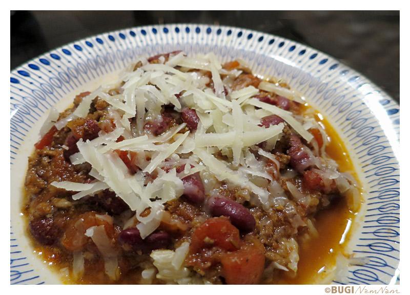 Chili con carne med revet ost