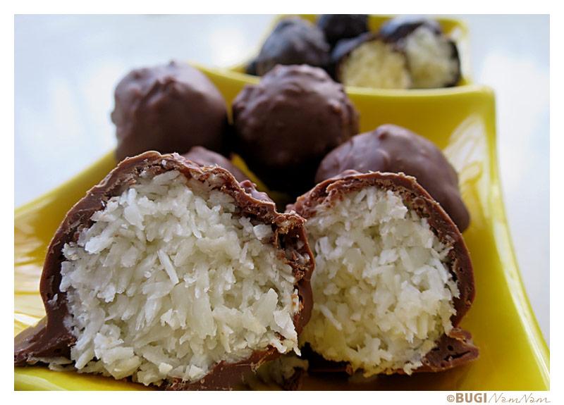 Bountykugler med mørk og lys chokolade